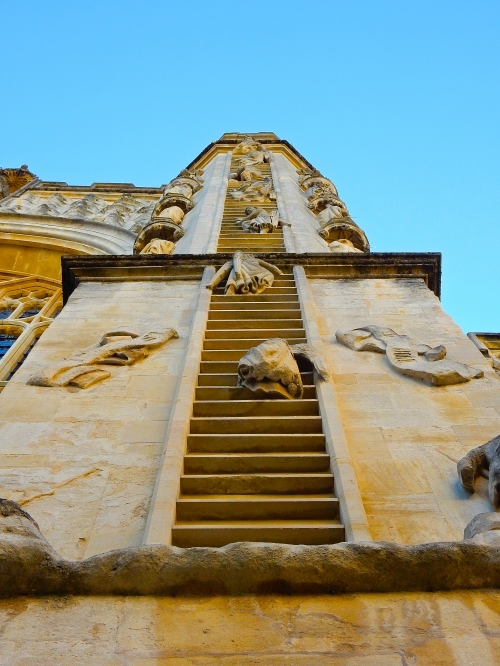 Detail on the West front of the Abbey, depicting angels ascending and descending Jacob's ladder (read more in Genesis 28:10-19).  (Nikon S9700)