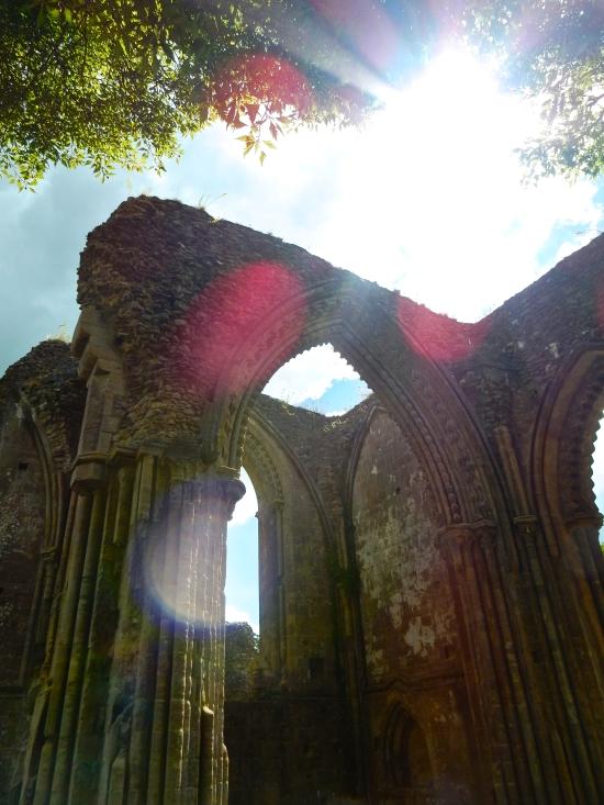 Lensflare at the Chapel of St. Thomas Becket. (Nikon S9700)