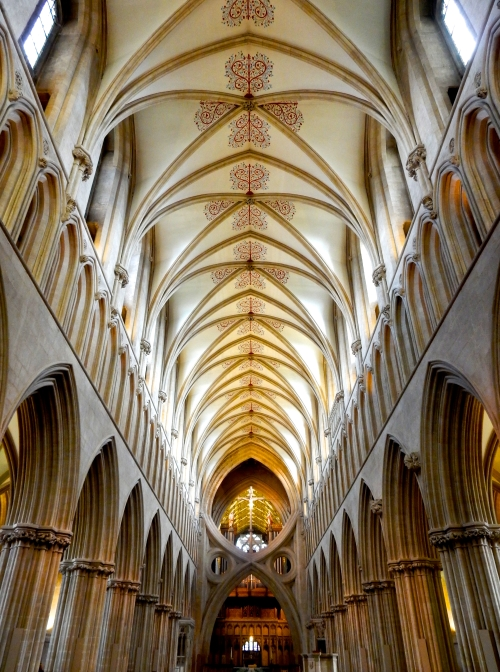 The Nave of Wells Cathedral. (Nikon S9700)