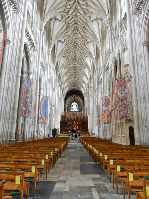 The nave looking east. (Nikon S9700)