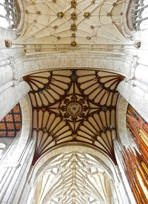 A view overhead, detailing the roof bosses - that is, the elaborate carvings used to cover the connections of the stone ribs in the vaulted ceiling. (Nikon S9700)